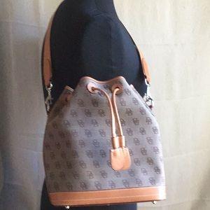 🌹Dooney Bourke Bag 🌹